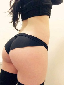 Sexy brunette in a hot beginners panties photo.