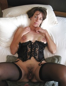 Wife ready for fuck.
