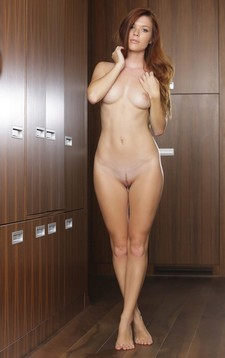 Nude cute GF.