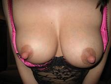 Homemade porn - wifey sucking a huge cock