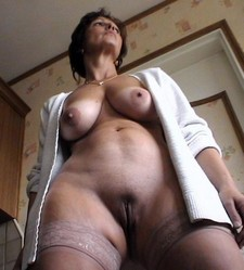 Busty mature whore pussy