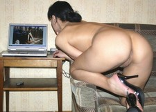 Free homemade porn - my wife viewing her pics on laptop