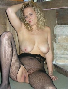 Hot blonde wife in stockings, amateur porn picture