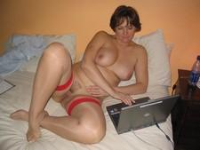 She makes men hard :) - homemade porn