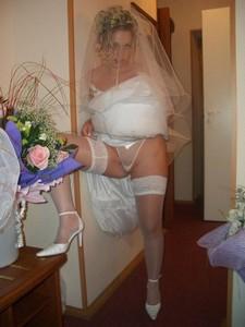 Bride after wedding ceremony - free homemade porn