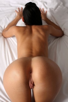 She has hot ass and inviting anus and sweet pussy lips