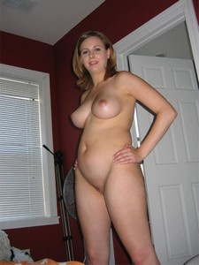 Beautiful housewife showing her great body