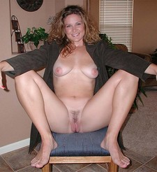 Cute wife spreading her legs to show her awesome cunt