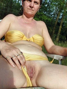 Pierced old pussy granny nude